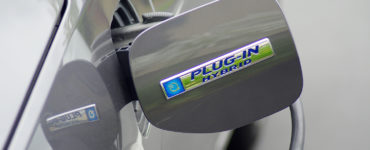 "A charging cap with ""Plug-in hybrid"""